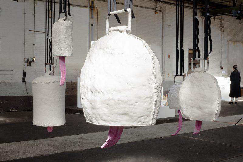 Installationshot Big Art Silent Belles cow bells with big tongues